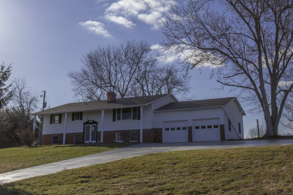 2057 River Road, Granville, Ohio